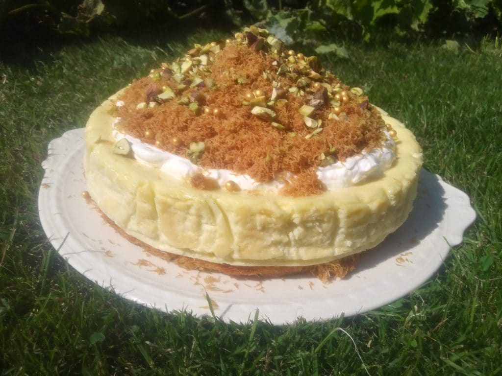 Kadaifi cheesecake
